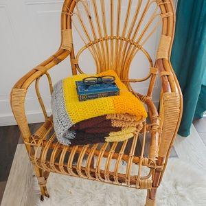 Vintage inspired hand knit blanket